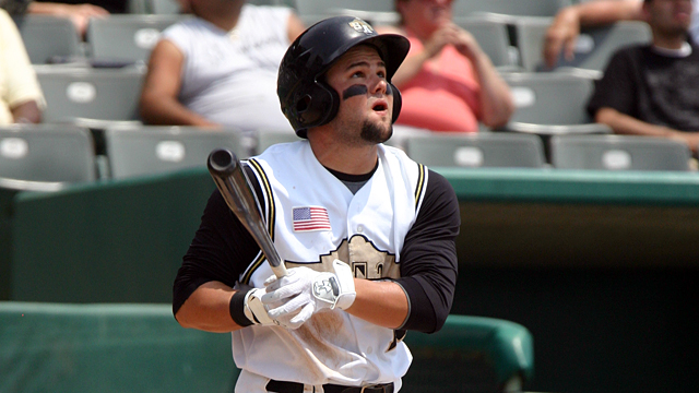 Decker drives in a pair as Javs edge Dogs