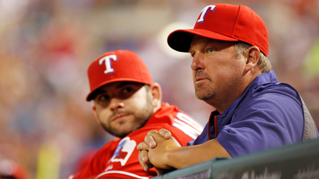 Coolbaugh helps fine-tune Rangers' hitters