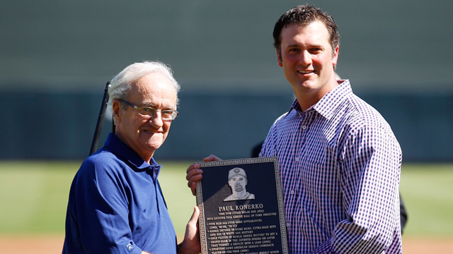 Konerko inducted to Fall League Hall of Fame