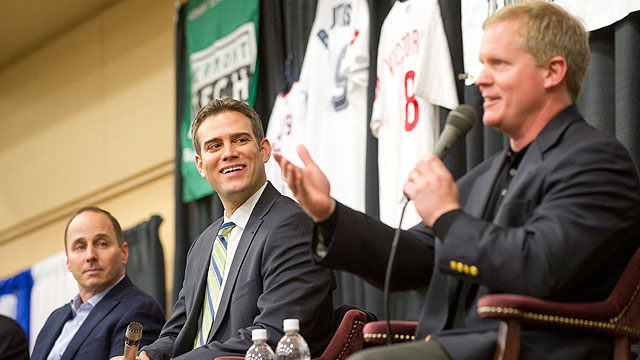 Three execs lead lively chat for fundraiser