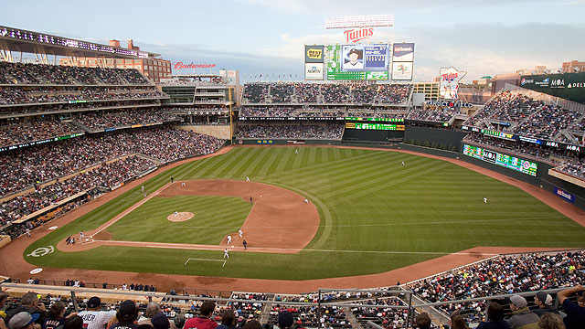 Gophers to play Penn State at Target Field
