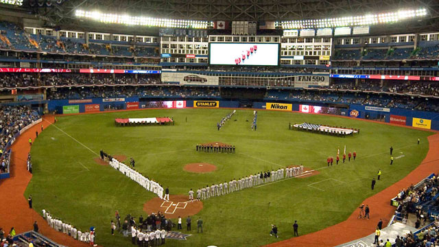 Blue Jays mull installing grass surface