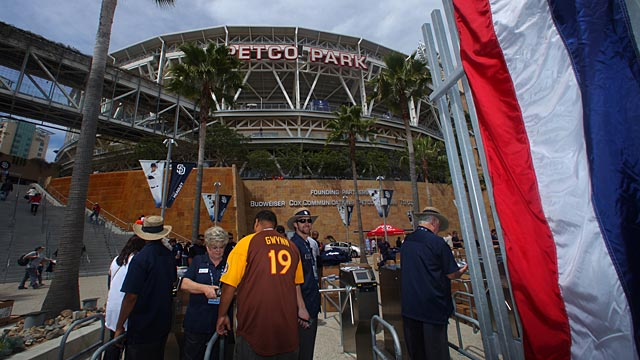 Padres implementing dynamic ticket pricing