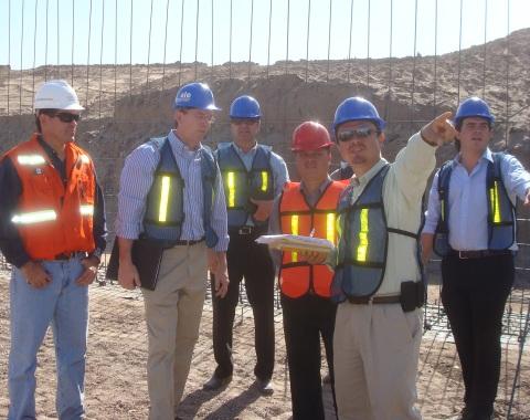 Inspeccionan construcción de estadio de SC