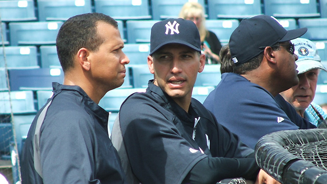 Pettitte at Yankees camp as guest instructor