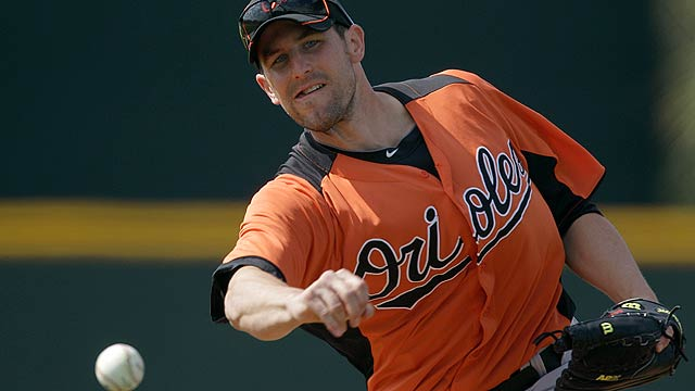 Now healthy, O'Day battling for bullpen job