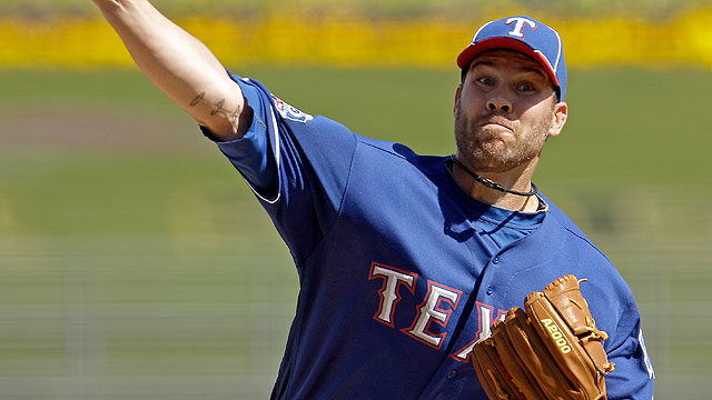 Lewis gives up HR in Rangers' spring opener