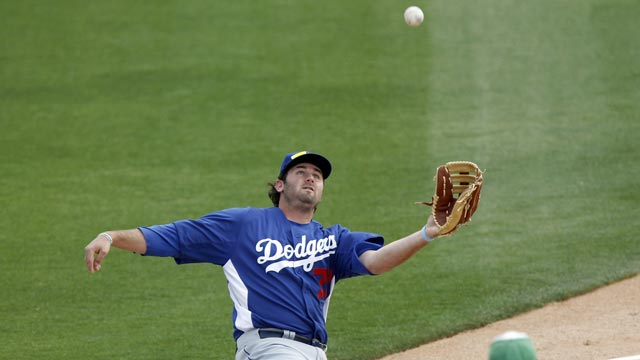 Five-run sixth gives Dodgers first spring win