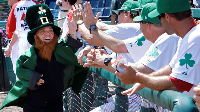Green seen all over MLB on St. Patrick's Day