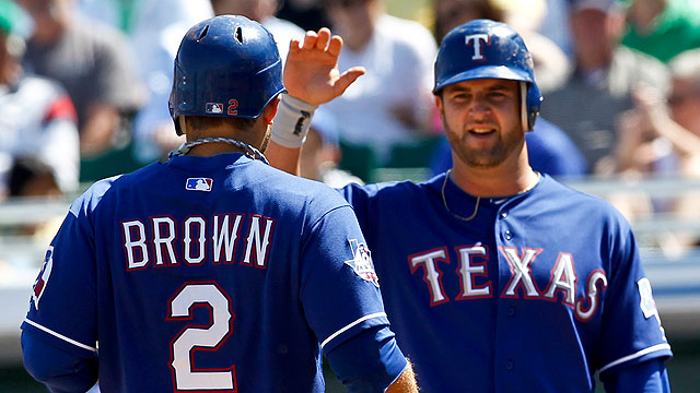 Martin, Brown homer as Rangers top Cubs