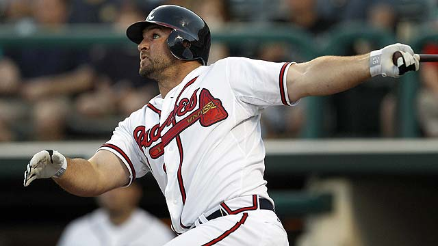 Braves ride Uggla, Prado to win over Mets