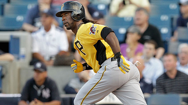 McCutchen homers as Bucs fall to Rays