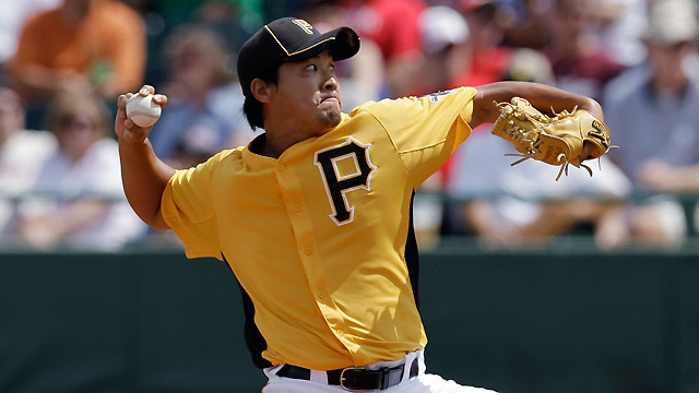 Pirates trade righty Igarashi to Blue Jays