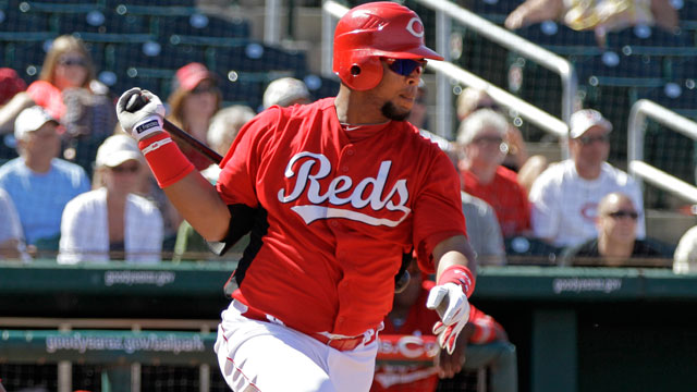 Reds deal infielder Francisco to Braves