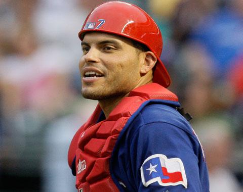 Iván Rodríguez se retirará el lunes en Texas