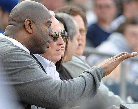 Dodgers completan venta al grupo de Magic