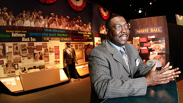 Rawlings to honor Negro Leaguers