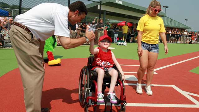 Casey's Clubhouse, Bucs open Miracle Field