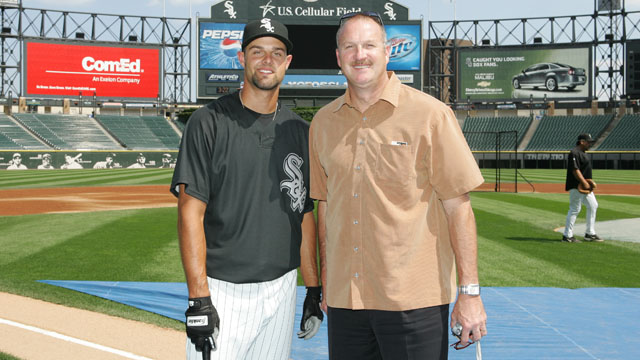 Danks' family bonds thrive in Chicago