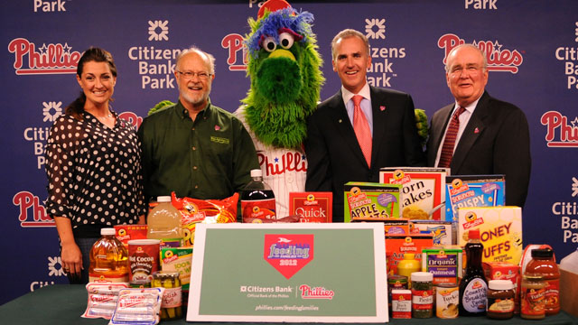 'Phans Feeding Families' back for second year