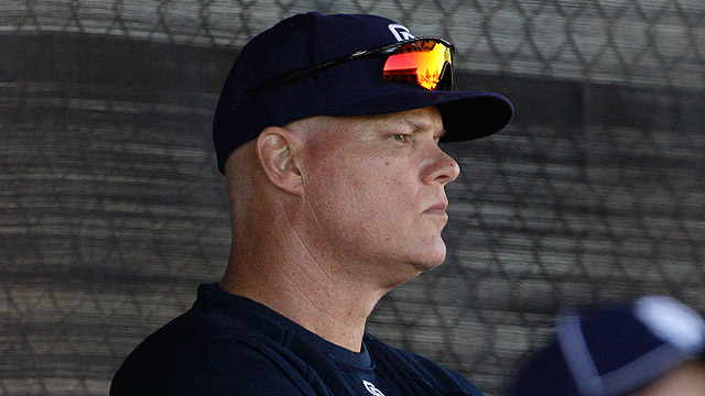Padres bullpen coach Akerfelds dies at 50