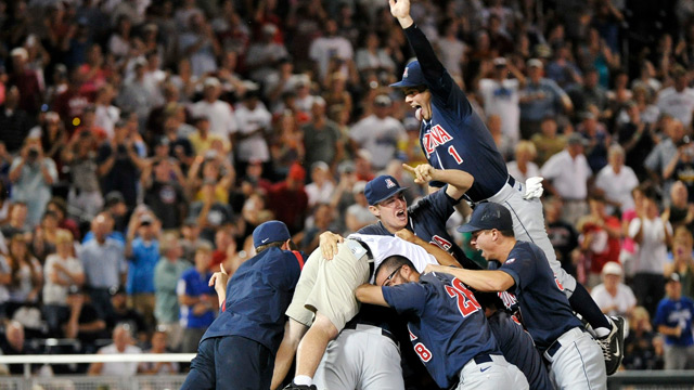 Arizona wins first title since '86, ends SC's reign