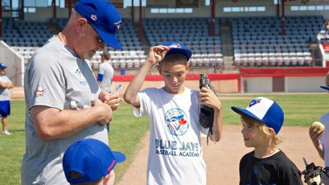 Blue Jays Baseball Academy holding camps