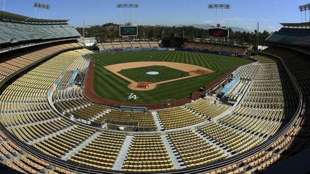 Stadium workout open to season-ticket holders