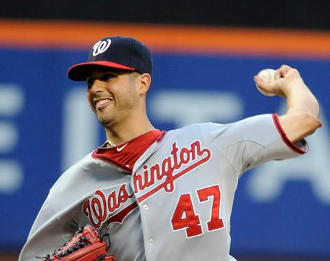 González brilla y domina a los Mets