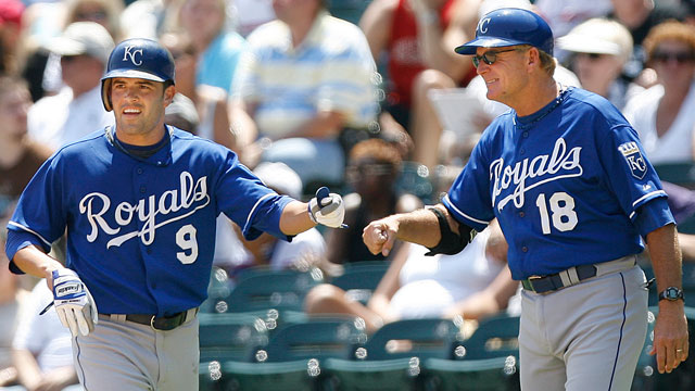 Kuntz replaces Sisson on Royals' coaching staff
