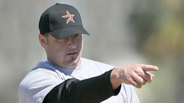 Owner says Astros interested in Clemens' return