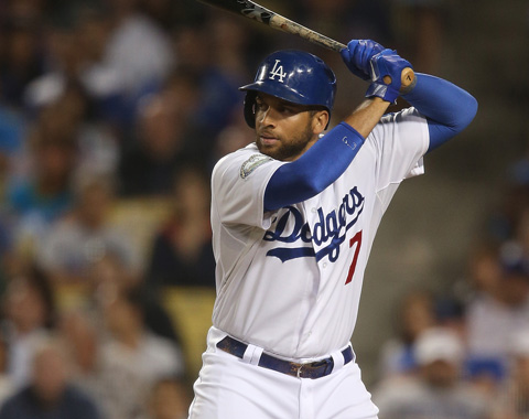 Boston adquiere a Loney en canje con L.A.