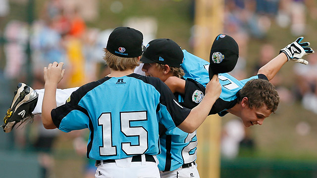 Tennessee, Japan advance to LLWS title game
