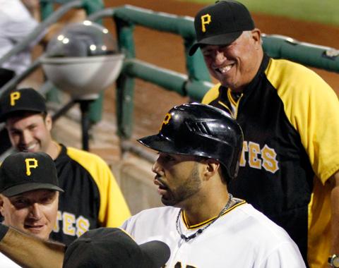 Alvarez ayuda a Piratas rumbo a playoffs