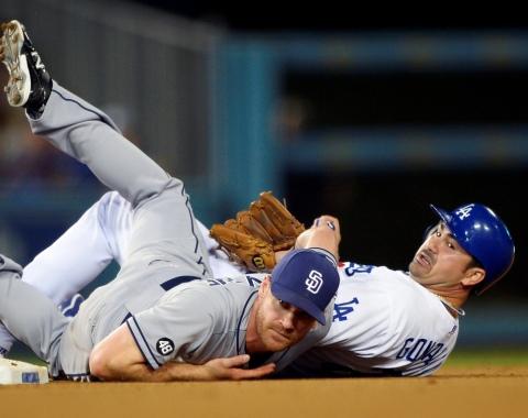 Padres volvieron a hundir a Dodgers en L.A.
