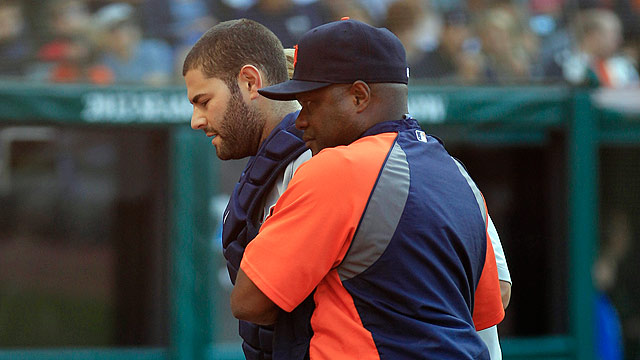 Avila exits Sunday after collision with Fielder