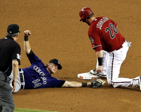 Rockies gana a D-backs duelo de pitcheo