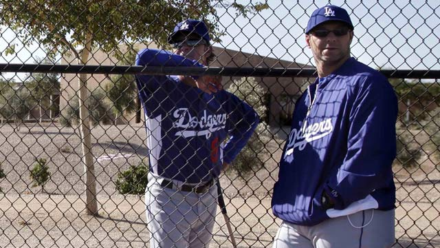 Dodgers will replace Hansen as hitting coach