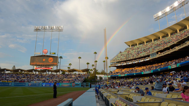 Dodger Stadium to host Select-A-Seat open house
