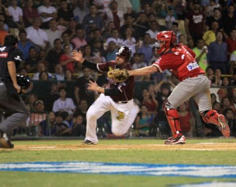 Culiacán derrota a Mayos y sigue invicto