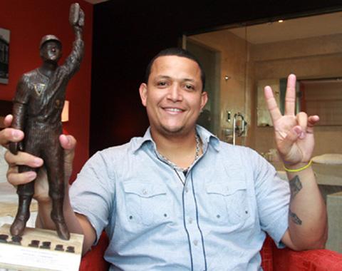 Cabrera gana el Premio Luis Aparicio