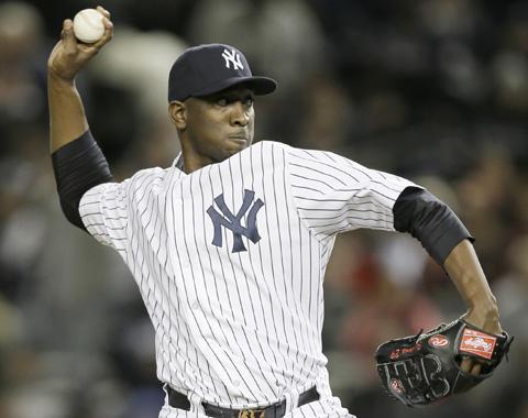 Soriano se sale de contrato con los Yankees