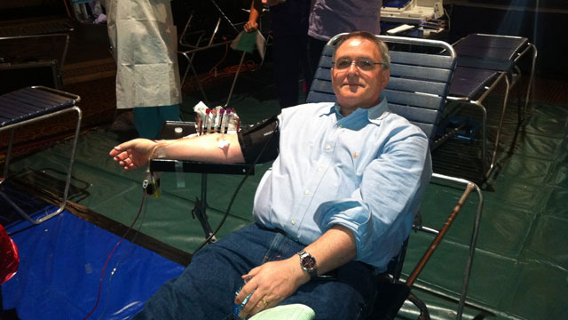 Yankees co-sponsor blood drive for hurricane relief