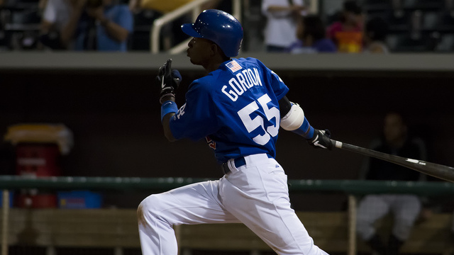 Dodgers' Gordon comes up big in Licey rout