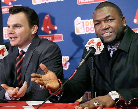 Ortiz renueva con Boston por dos años