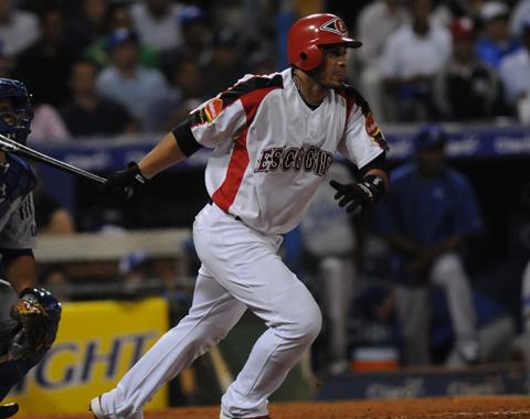 Fernando Martínez se reporta a los Leones