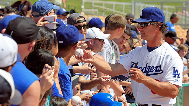 Dodgers release 34-game spring schedule