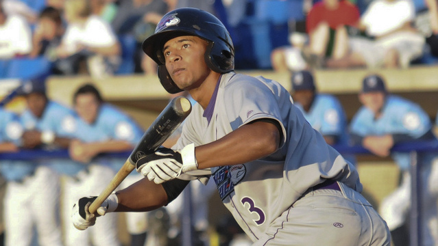 Escobar goes yard twice in Caribes' rout