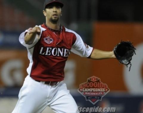 Figueroa, Marte, Turner dan triunfo a Leones