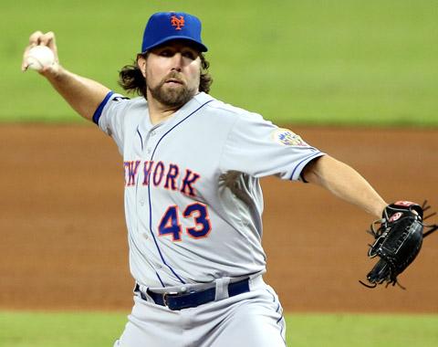Dickey sería prioridad para Mets en Nashville